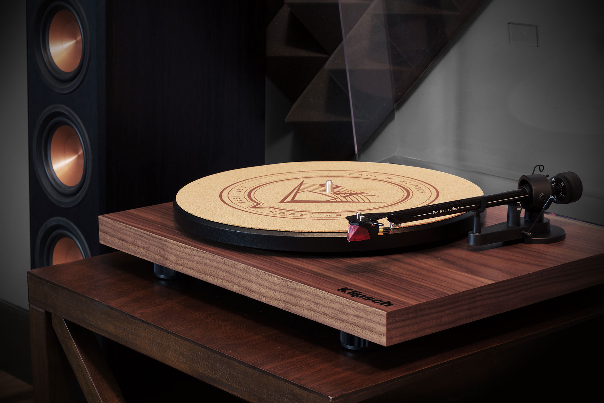 klipsch debut carbon walnut turntable klipsch. Black Bedroom Furniture Sets. Home Design Ideas