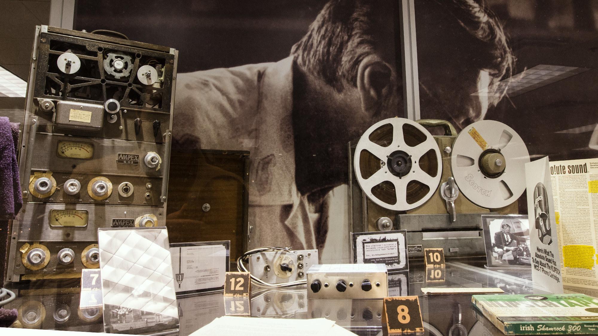 Klipsch  Audio  Museum  Indy 2000x1125