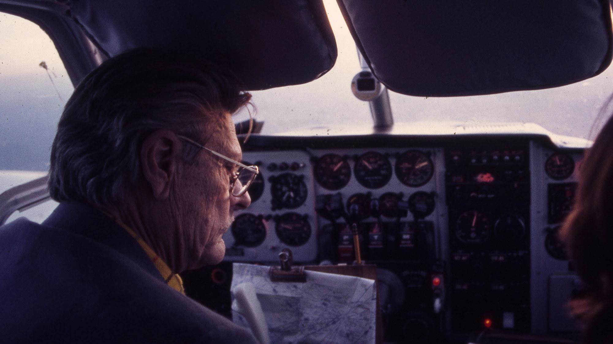 Pwk  Plane 1 2001x1125