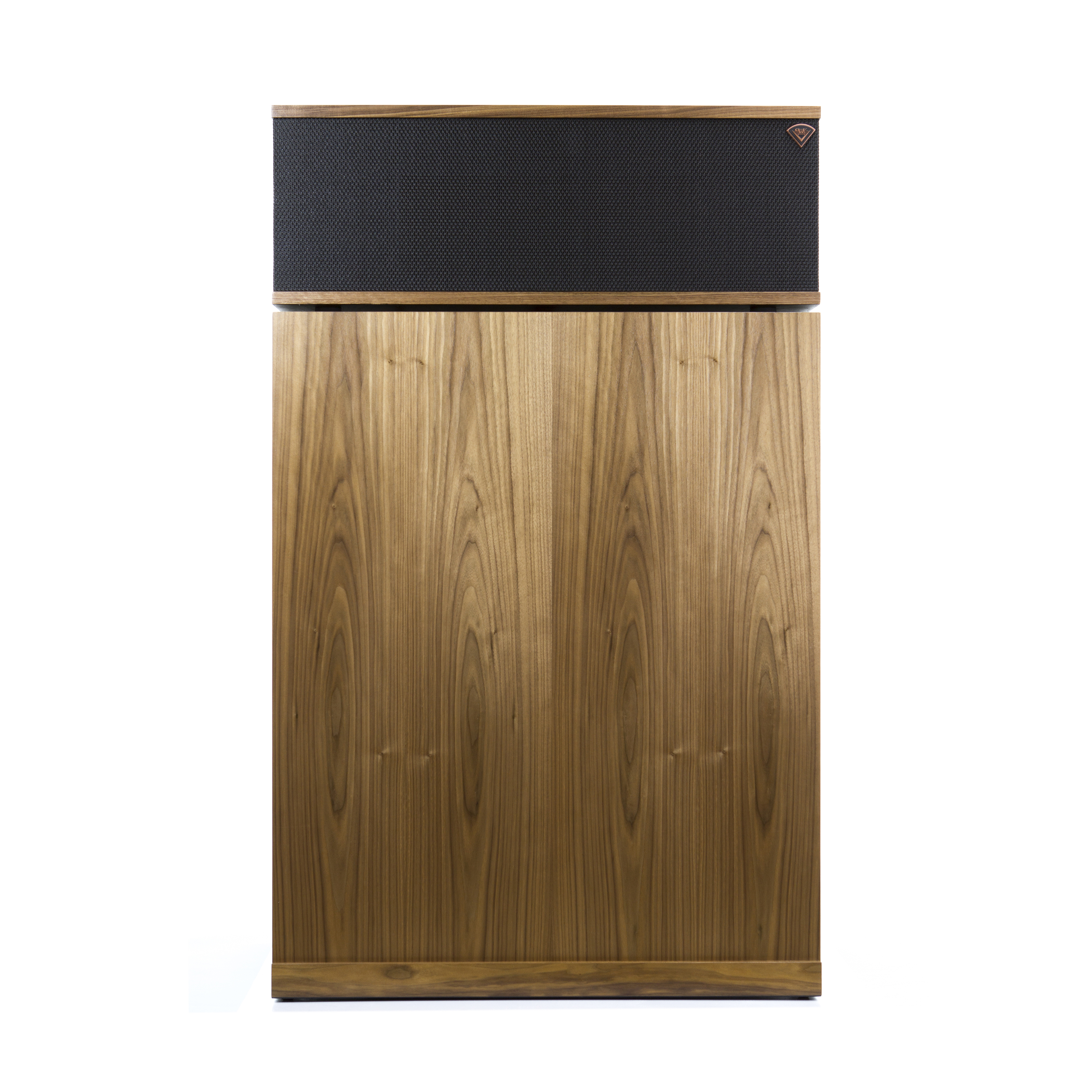 提供优质的胡桃木,樱桃木或黑槐木胶合板饰面