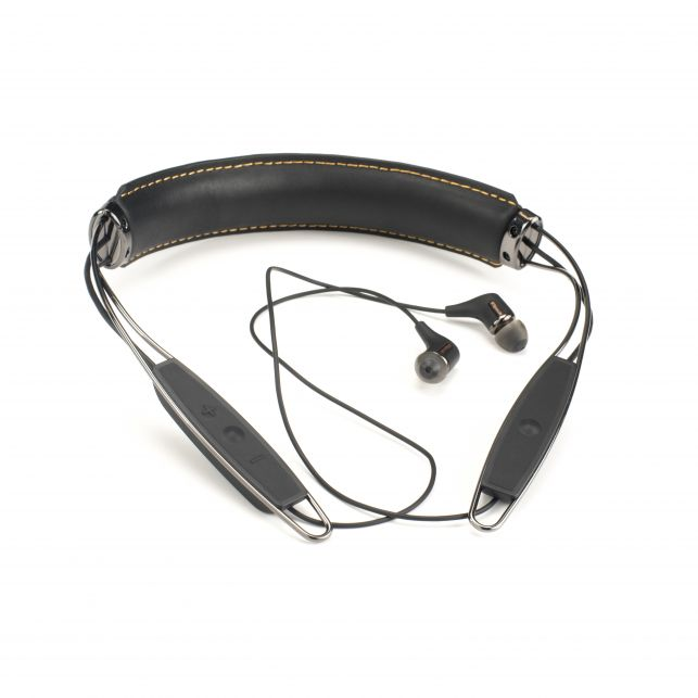 R6 Neckband Front 1316